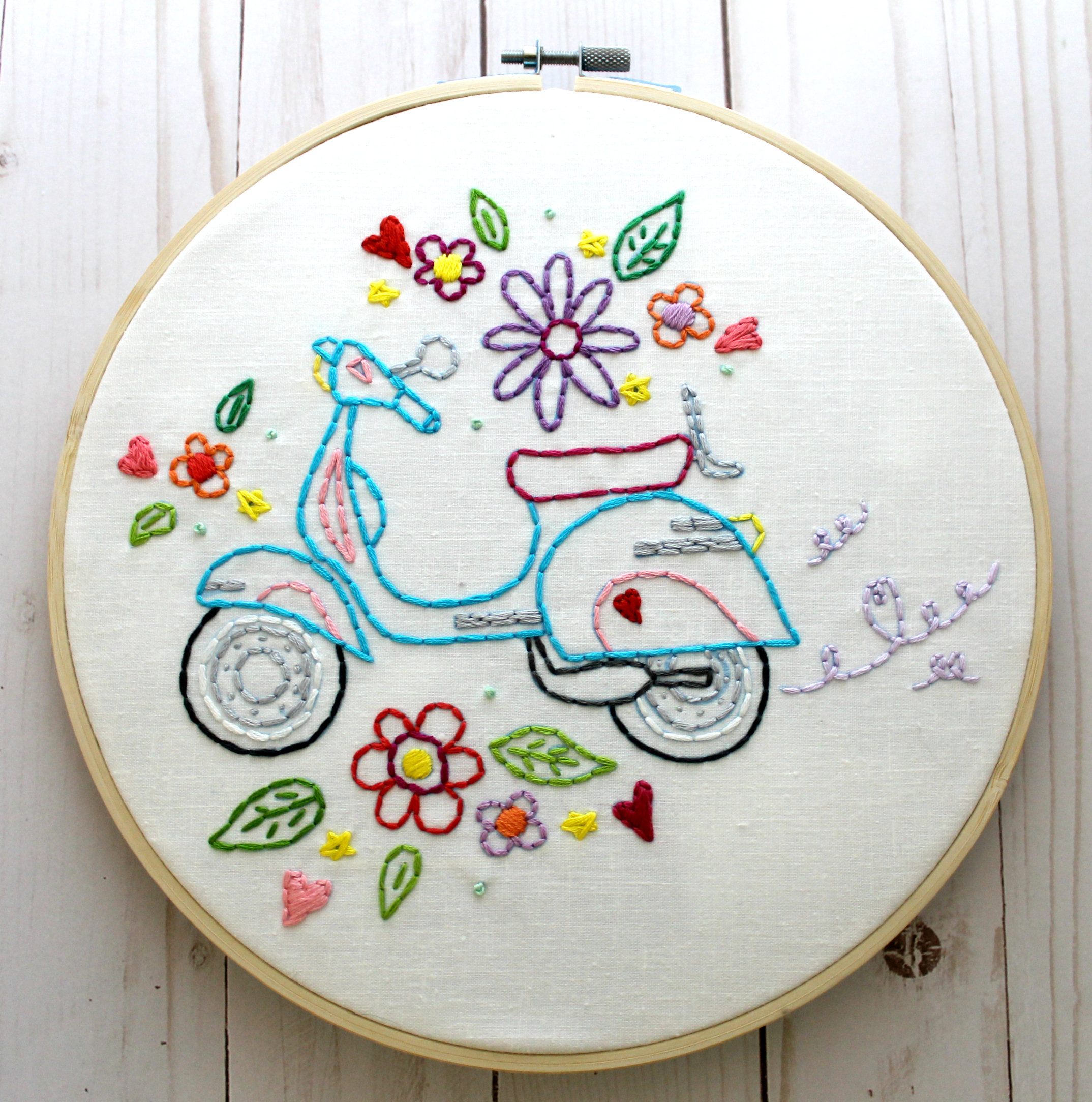 How To Design Embroidery Patterns By Hand Retro Scooter Hand Embroidery Pattern Embroidery Designs Embroidery Transfer Digital Pattern Summer Vespa Scooter Vintage Scooter