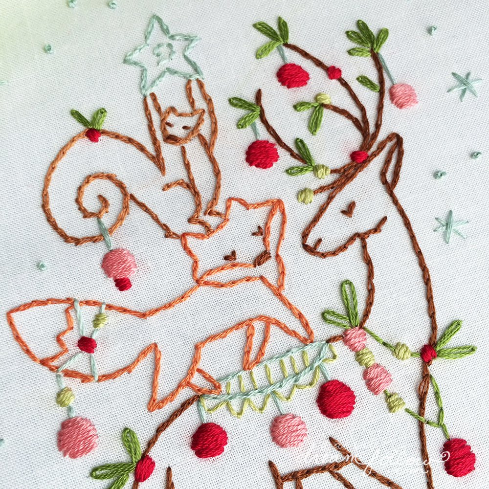 Embroidery Christmas Patterns Little Dear Tracks Free Christmas Pattern