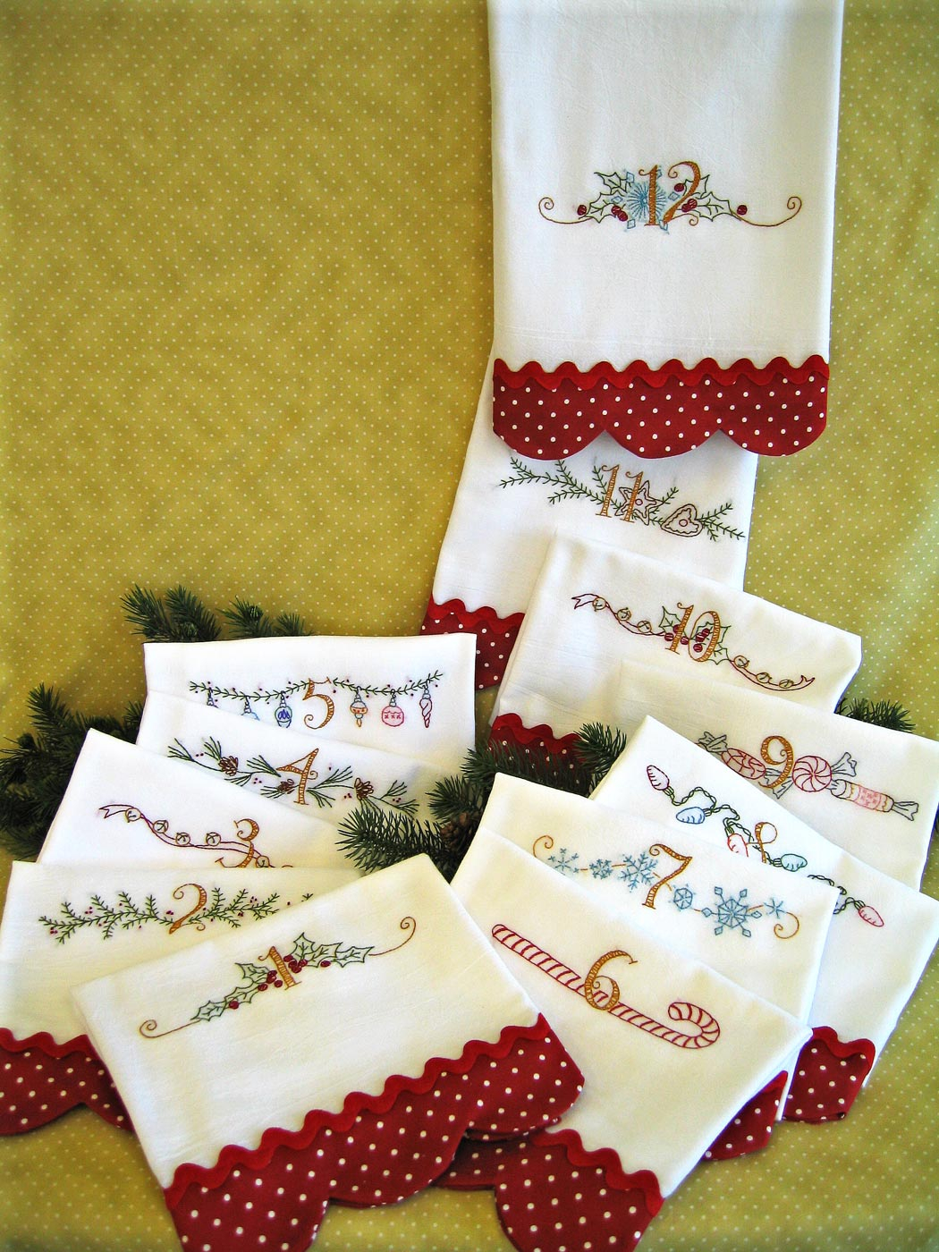 Hand Embroidery Christmas Patterns Hand Embroidery Pattern 12 Days Of Christmas