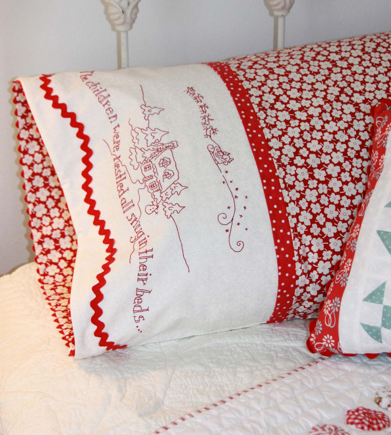 Hand Embroidery Christmas Patterns Hand Embroidery Pattern The Night Before Christmas Pillowcase