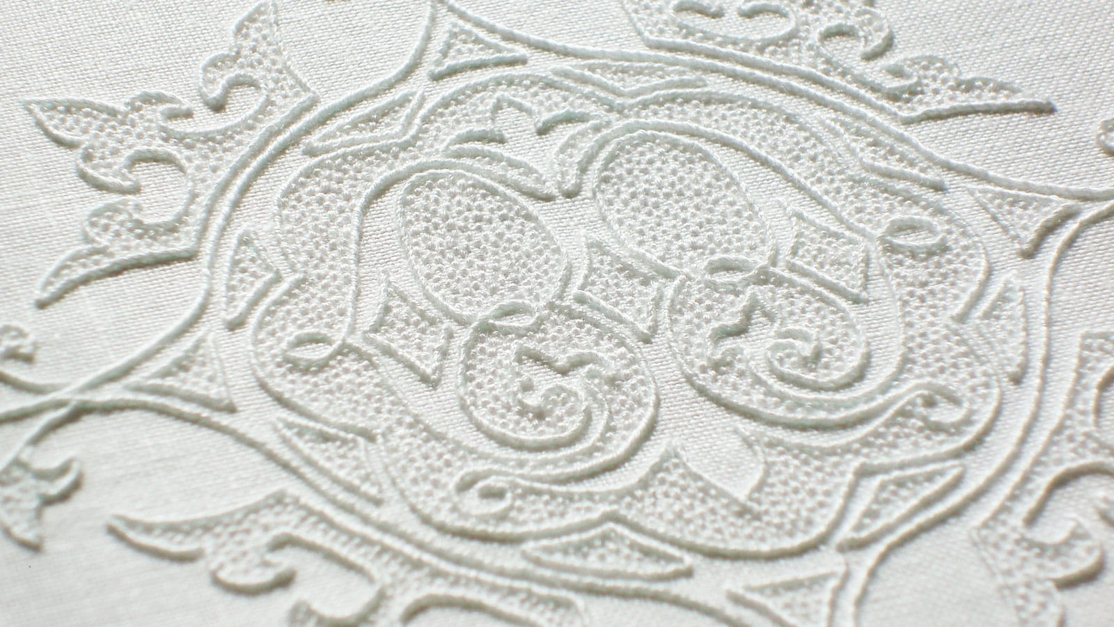 How To Make An Embroidery Pattern Needlenthread Tips Tricks And Great Resources For Hand Embroidery