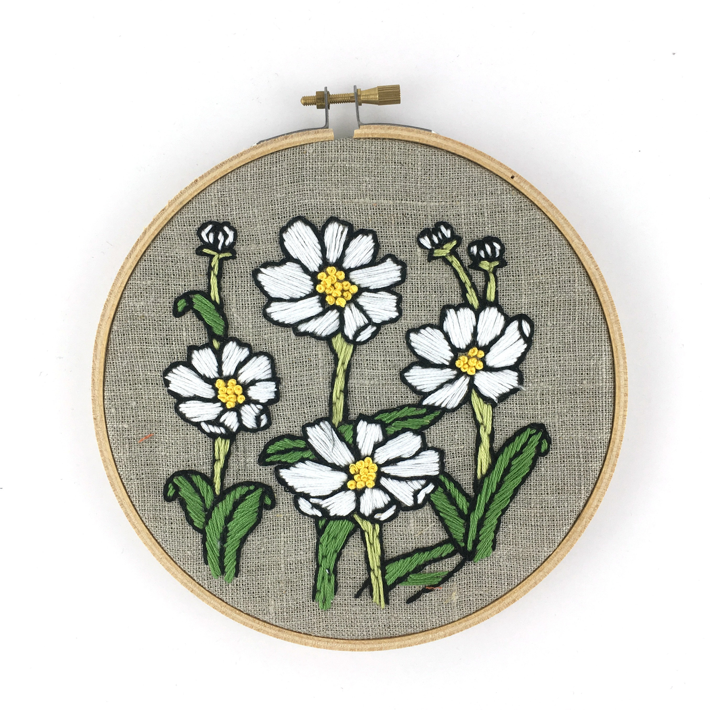 How To Read Embroidery Patterns Daisies Embroidery Kit Beginner Floral Embroidery Floral
