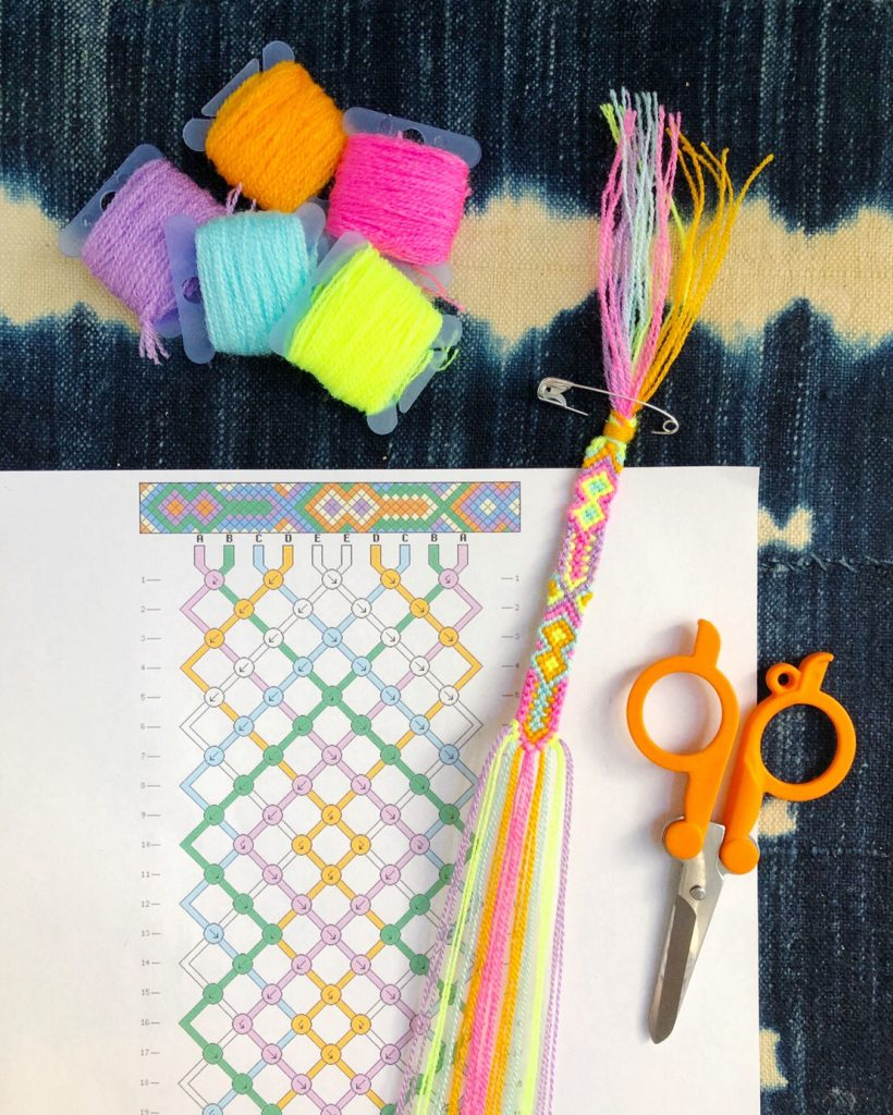 How To Read Embroidery Patterns How To Read Friendship Bracelet Patterns The Neon Tea Party