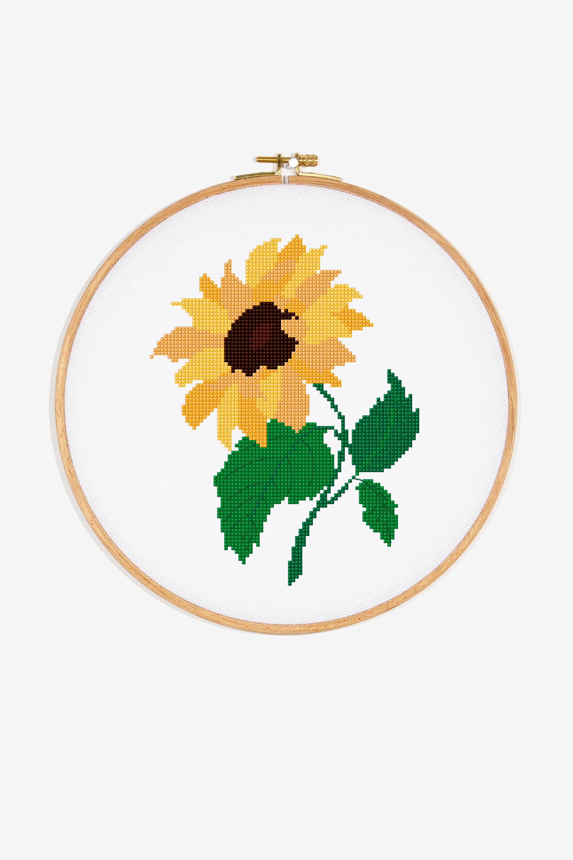 Sunflower Embroidery Pattern Sunflower Pattern Free Cross Stitch Patterns Dmc